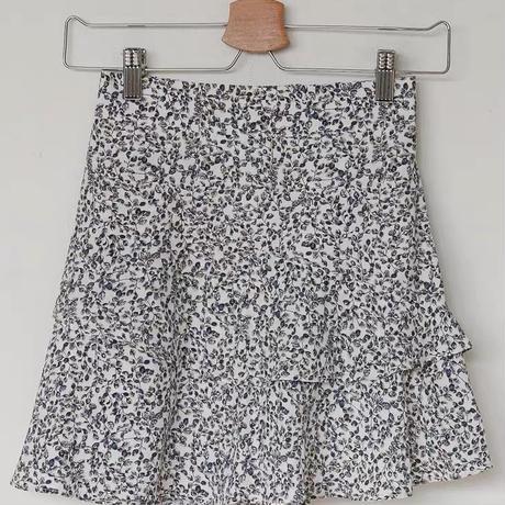 monotone frill skirt