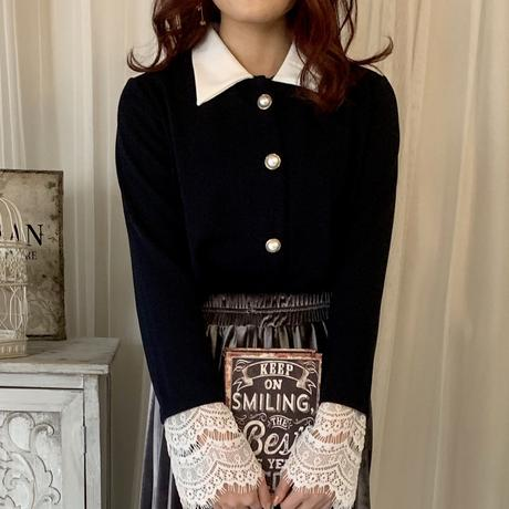 Lace sleeves pearl blouse