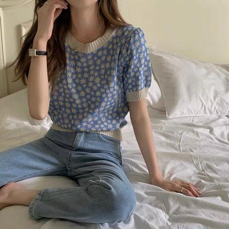 mini daisy puff knit
