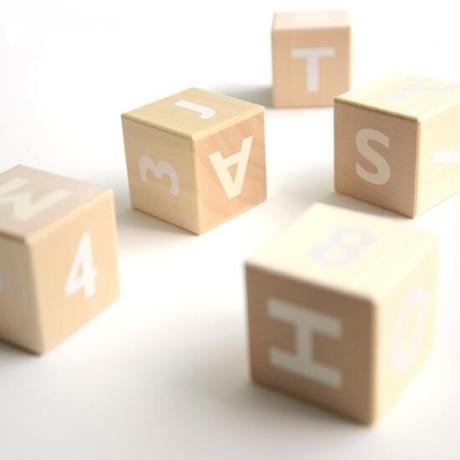 アルファベッドブロック
