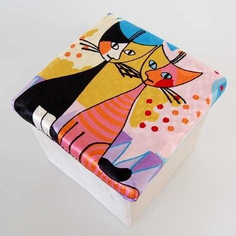 刺繍スツール(30×30×30) ロジーナ「ロマンスⅡ」 商品番号:is1087-rs-58