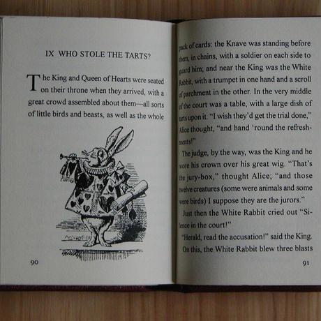 Alice's Adventures in Wonderland -Normal Edition 不思議の国のアリス 普及版