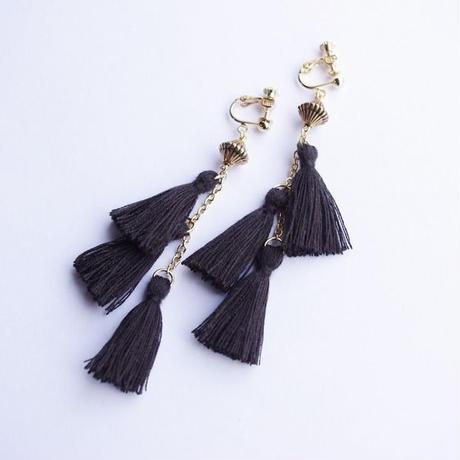 swing tassel earrings