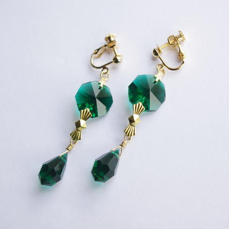 vintage green chandelier earrings
