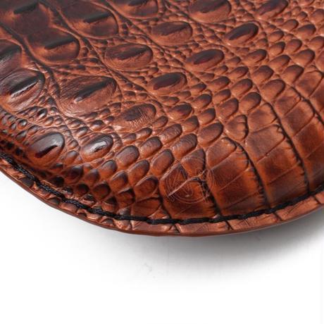 ハーレー用 革サドルシート Retro Brown/Black Crocodile レザーソロシート+3inchスプリングブラケット付 カスタムチョッパーボバー(kk03494)