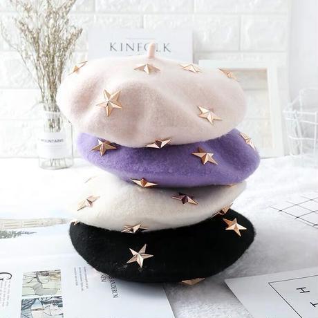 星スタッズ付きベレー帽