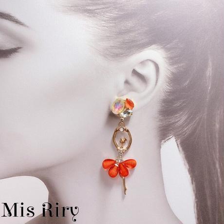 【Mis Riry】アシンメトリーシリーズ オレンジ バレリーナ ピアス ハンドメイド《ネコポス送料無料》