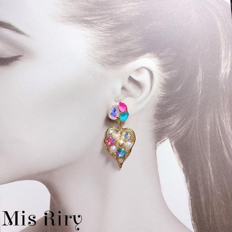 【Mis Riry】ハートシリーズ キラキラピアス ハンドメイド《ネコポス送料無料》