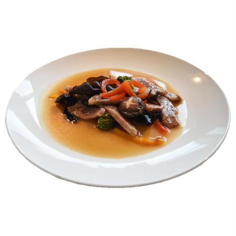 黒毛和牛と野菜のシンガポールソースorオイスターソース