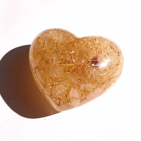【1点モノ&詩作につき通常の半額!】日常生活の中から楽しく開運♪【現代のお守り♡】ネガティブを吸収しポジティブに変換!エネルギーの浄化装置!「MIRIAM」開運オルゴナイト「LOVEハート♡」