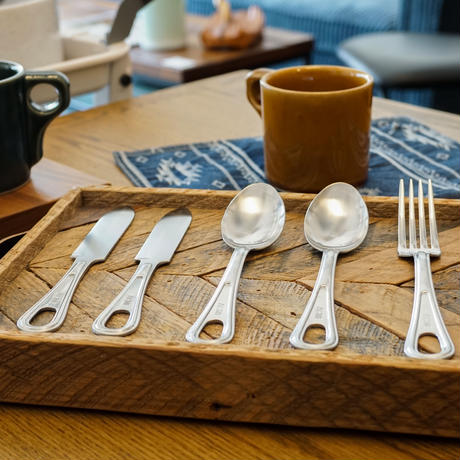 SCOUT CUTLERY / ACME furniture