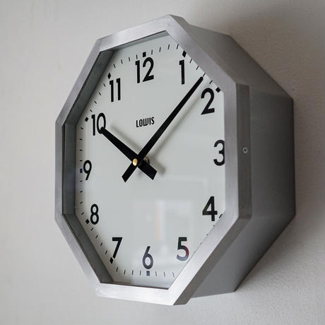 LOWIS OCTAGON CLOCK / DETAIL
