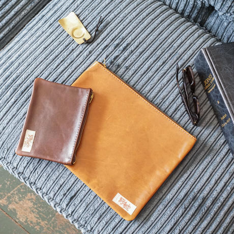 "LEATHER POUCH "" SIZE - M"" / ACME furniture"