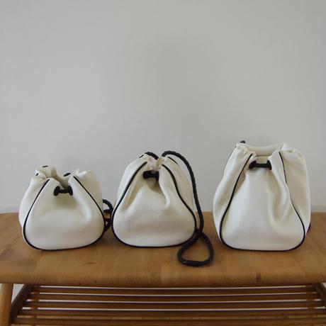 巾着バッグ(パイピング) -S・白×黒(DKT(P)-S)