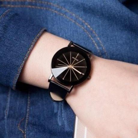 クリアウォッチ ブラック メンズサイズ シンプル ギフト 人気 プレゼント 時計 おしゃれ 安い かわいい ブレスレット 腕時計 黒  のコピー