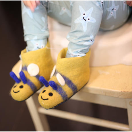 Piccalilly ハチ Slippers 9-12/ 14-17/ 17-19cm