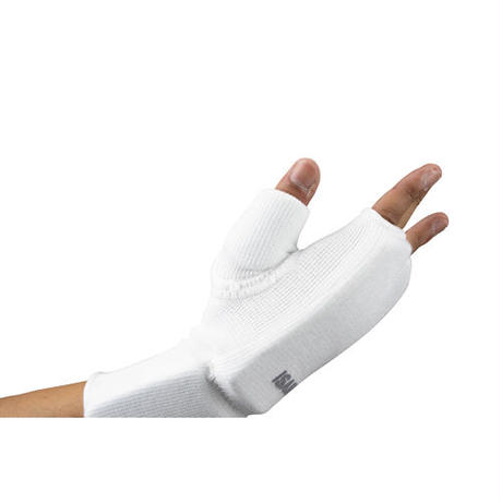 ISAMI Fist and wrist supporter For full-contact karate / White /  l-3058