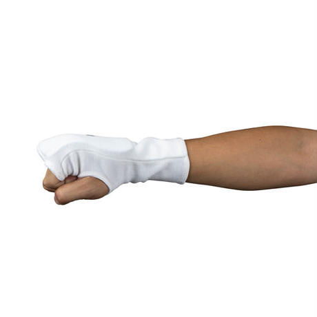 ISAMI Fist supporter For full-contact karate / White / l-352