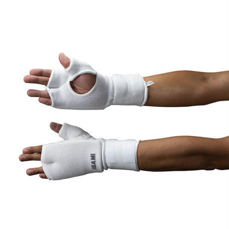 ISAMI Fist supporter Integrated wrist guard / White / L-320