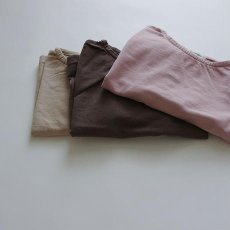 dull color  long tee