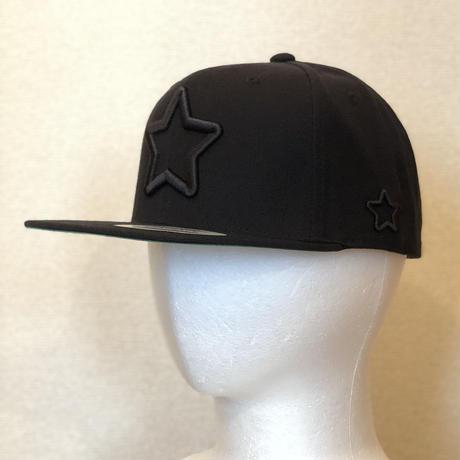 ALL BLACK CAP