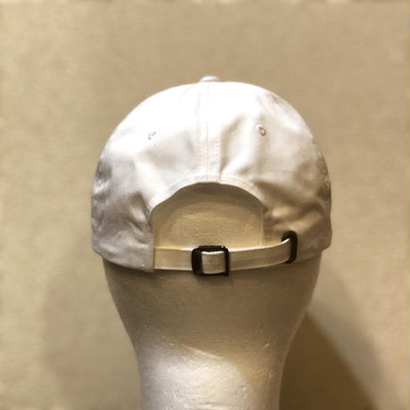 choose vintage cap white