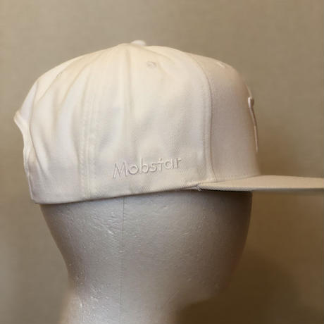 ALL WHITE CAP