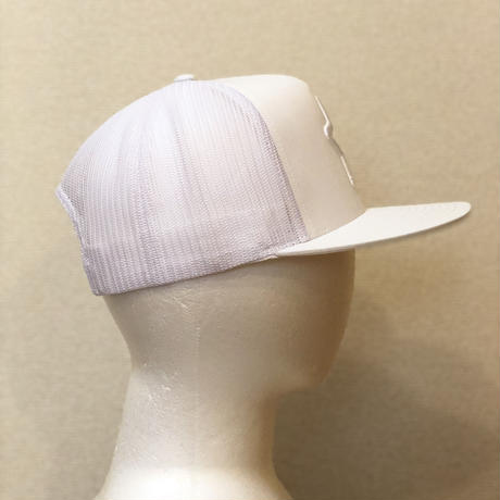 ALL WHITE MESH CAP