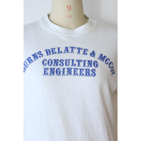 "80's T-shirt ""BURNS DELATTE"" [599C1]"