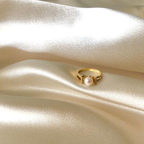Ribbon Pearl Ring