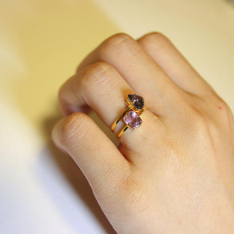 Sakura Spinel Ring