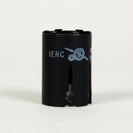 IERC 9ピン真空管用 軍用シールドケース