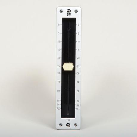 LE 266 / balanced passive fader mono /   silver/black