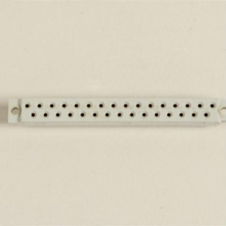 DIN 31pin メス ユーロカード用コネクター 中古