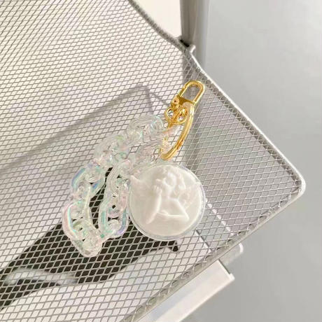 天使angel  AirTagケース  オーロラ色チェーン付AirTagsカバー  キーリング付き 可愛い  頑丈 耐久性ありM612