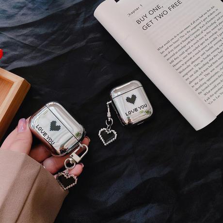 ハート柄  airpodsproケース チェーン付 airpodsカバー    可愛い 人気品 鏡面銀色 艶ありM749