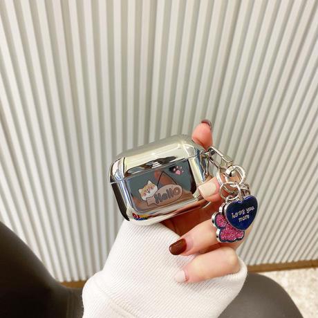 銀色猫柄 airpodsproケース  猫の手 キーホルダー airpodsカバー チェーン付き 紐掛け 耐久性ツヤありM405