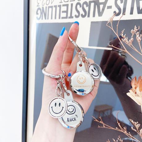 笑顔 ハート AirTagケース  ひまわり 花  エアタグカバー  キーホルダー付き 銀色鏡面 ツヤ感 耐久性M577