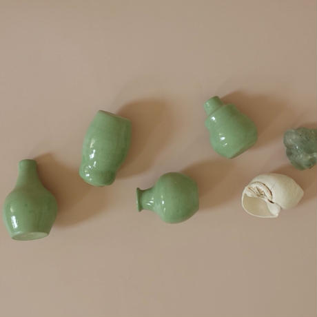 Tiny  Vase / green D
