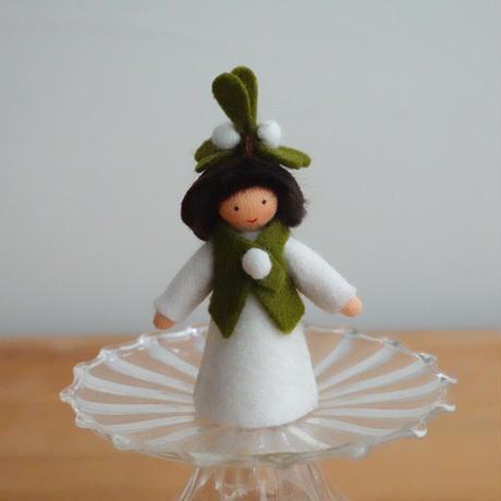 ヤドリギ妖精 ベージュ
