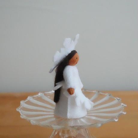 雪の結晶の妖精 ブラウン