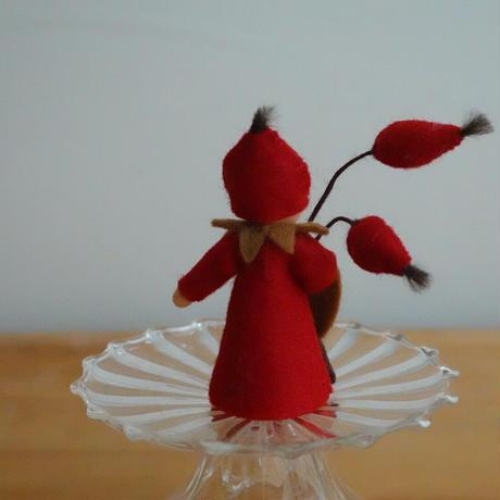 ローズヒップの妖精 ベージュ