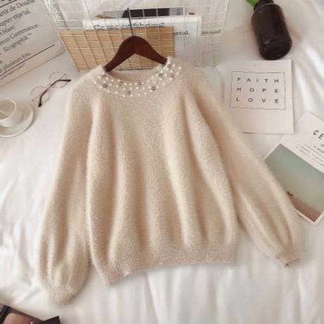 ビジューデザインラウンドネックセーター
