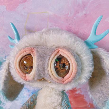 ツノうさ-ammonite eye-/soft gray