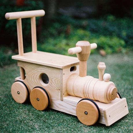 〈1才-〉【乗り物】【押して歩く玩具】コイデ 汽車ポッポ(木製タイヤ)