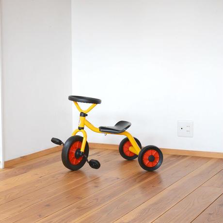 〈2才-〉ウィンザー ペリカン三輪車丸ハンドル黄