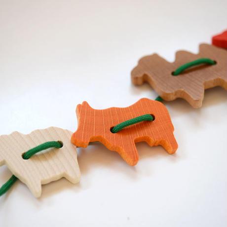 〈3才-5才〉【指先を使う玩具/ひも通し】ひも通し 動物 (34ピース)