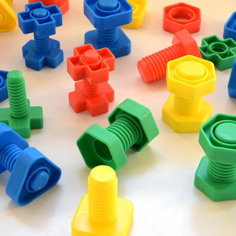 〈1才-〉【指先を使う玩具】【「形の玩具」】ねじあそび(32セット)
