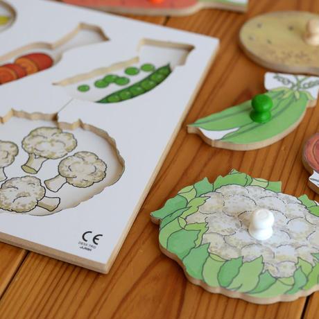 〈1才-2才〉ノブ付きパズル野菜(5ピース)