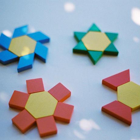 〈4才-7才〉【色・形の構成遊び】AS パターンブロック